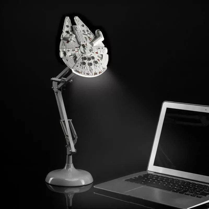 Lampka na biurko Star Wars - Millennium Falcon