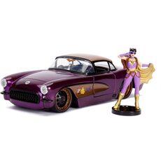 Model samochodu DC Bombshells Diecast 1/24 1957 Chevy Corvette (Wraz z figurką Batgirl)
