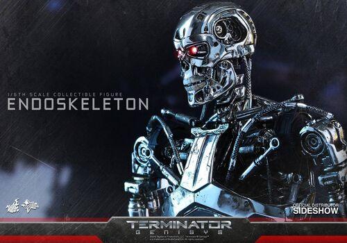 Figurka Terminator Genisys Movie Masterpiece 1/6 Endoskeleton 33 cm