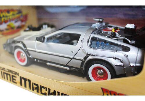 Model Powrót do przyszłości III 1/24 DeLorean LK Coupe