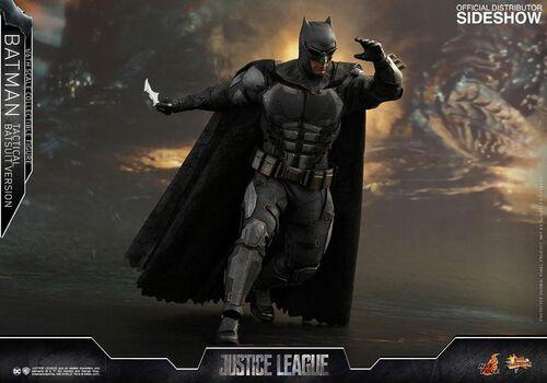 Figurka Justice League Movie Masterpiece 1/6 Batman Tactical Batsuit Version 33 cm