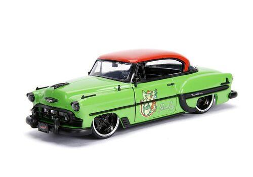 Model samochodu DC Bombshells Diecast 1/24 1953 Chevy Bel Air Hard Top (Wraz z figurką Poison Ivy)