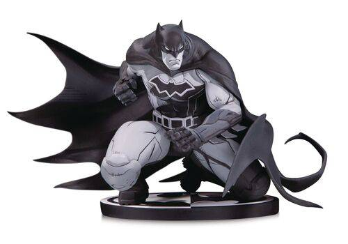 Figurka DC Comics Batman Black & White - Batman by Joe Madureira